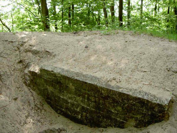 Bunker-58c-80cm-circular-emplacement