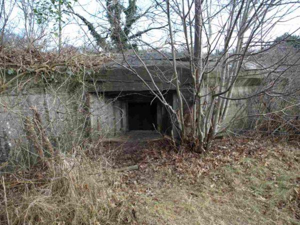 Anti-tank-gun-bunker