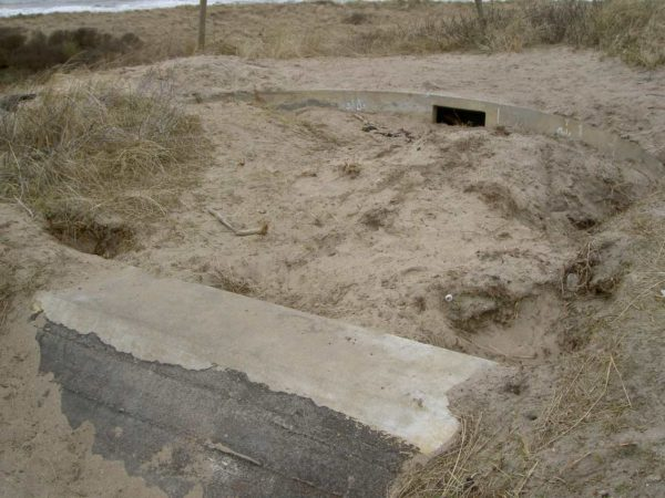 Bunker-Fl242-Standard-emplacement-for-medium-and-light-AA